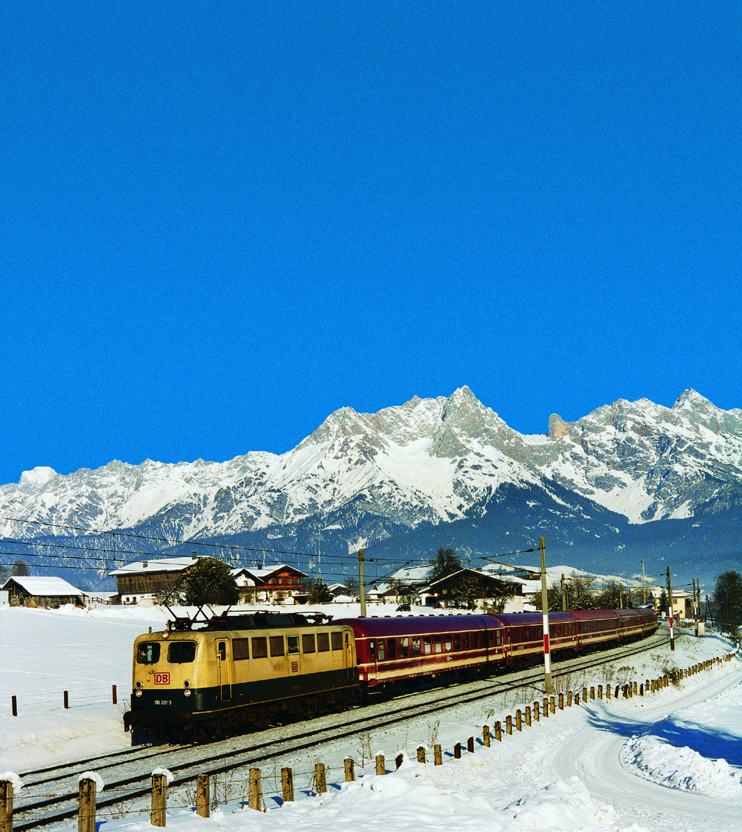 Komend skiseizoen extra treinen naar Oostenrijk: scarlett-reizen.com/?tag=euro-express-treincharter